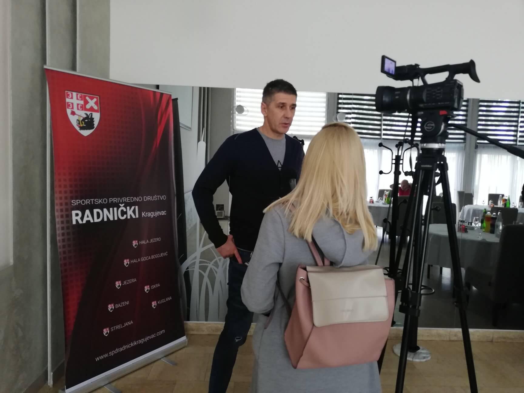 """Read more about the article Boba Kovač u Kragujevcu: """"Priprema utakmice u vrhunskoj odbojci"""""""